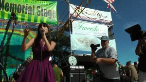 Seattle-hempfest-jodi-emery